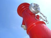 Boca de riego de fuego rojo imágenes de archivo libres de regalías