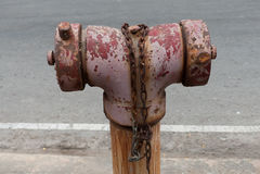 Boca de riego de fuego vieja Imagen de archivo