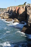 Boca gör inferno & x28; Hell& x27; s Mouth& x29; i Cascais Portugal Royaltyfri Foto