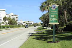 Boca Raton, FL Welcome Sign. BOCA RATON, FLORIDA - FEBRUARY 1: The population of Boca Raton was estimated in 2012 to be 87,836 people with over 21% of those Stock Images