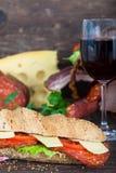 Bocadillo fresco y delicioso del Baguette Fotografía de archivo