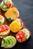 Bocadillos de la fruta de postre Foto de archivo libre de regalías