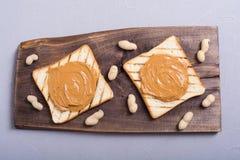 bocadillos de la mantequilla de cacahuete fotografía de archivo