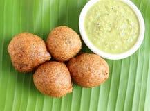 Bocado indio Mangalore Bajji Imagenes de archivo