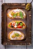 Bocado italiano fresco y curruscante como bruschetta o crostini fotos de archivo libres de regalías