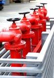 Bocas de incendios al aire libre rojas Imagen de archivo libre de regalías