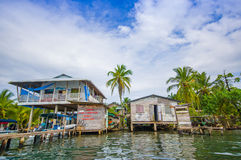 Bocas-del Toro ist die Hauptstadt der Provinz Stockfotos