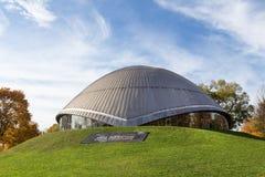 Bochum Tyskland planetarium i höst royaltyfri fotografi