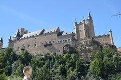 Boczna fotografia Od prerii dolina W Którym Lokalizuje W Segovia Alcazar kasztel Architektura, podróż, historia fotografia royalty free