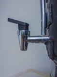 Bocznego zbliżenia faucet gorący garnek Fotografia Royalty Free