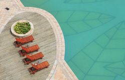 boczny basenu dopłynięcie Obrazy Royalty Free