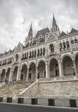 Boczny widok hungarian parlament Zdjęcie Royalty Free
