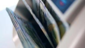 Boczny widok przyrządu przerobowe setki dolary zdjęcie wideo