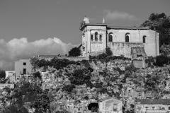 Boczny widok Rockowy kościół różaniec obrazy stock