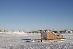 Boczny widok tradycyjny Inuit ładunku Komatik w Arviat stylu w Kivalliq regionie lub sanie Zdjęcie Stock