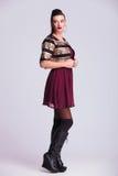 Boczny widok wysoka mody kobieta Obrazy Stock