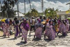Boda en la aldea, Zanzibar de Muslim´s Fotografía de archivo