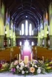 Boda puesta en iglesia irlanda Imagen de archivo libre de regalías