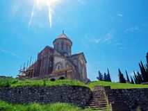 Bodbe kloster, Sighnaghi, Georgia: Sanka Ninos kyrka i kloster av St Nino på Bodbe Domkyrka på gravvalvet av St Nino royaltyfri fotografi