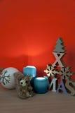 Bodegon di Natale con legno e paglia Immagine Stock
