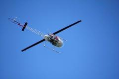 Bodem van Helikopter tijdens de vlucht Stock Foto's