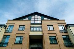Bodemmening van een modern gebouw Stock Afbeelding