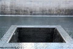 Bodennullpunkt-Denkmal-Wasserfall Stockfotografie