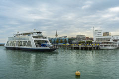 BodenSee湖的,巴登-符腾堡州,毒菌腓特烈港港口 免版税库存照片