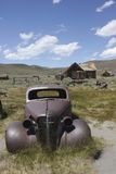 Bodie Ghost Town, coche de Abandones Imagen de archivo