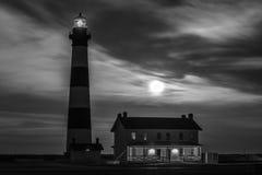Bodie Island Lighthouse la nuit photographie stock libre de droits