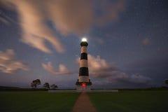 Bodie Lighthouse på natten Arkivbilder