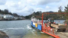 Bodinnick al transbordador del fowey en Cornualles Reino Unido foto de archivo libre de regalías