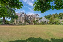 Bodnant Hall, jardin de Bodnant, Pays de Galles photo libre de droits
