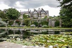 Bodnant trädgård i Wales Arkivbild