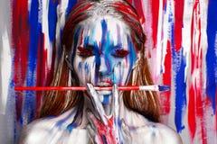 Body art dell'artista della donna fotografie stock libere da diritti