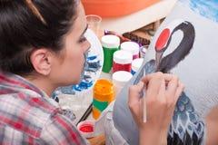 Body-painting una gru sulla parte posteriore della persona (1) Fotografia Stock Libera da Diritti