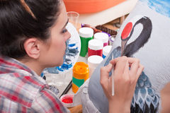 Body-painting une grue sur le dos de la personne (1) Photographie stock libre de droits