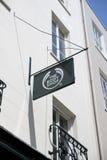 Body Shop znak na g?ownej ulicie w miasteczku St Pierre portu St Peter port g??wna ugoda Guernsey kana? zdjęcia royalty free