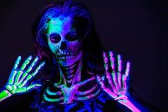 Bodyart esquelético con el blacklight Foto de archivo libre de regalías