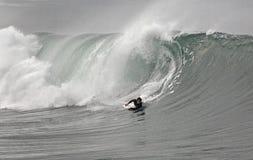 Bodyboarder ed onda Fotografia Stock