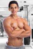 Bodybuilder bodybuilding sprawności fizycznej gym mięśni silny mięśniowy ty Fotografia Royalty Free