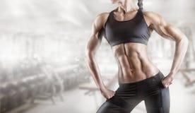 Bodybuilder du corps de la femme images libres de droits