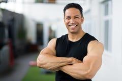 Bodybuilder âgé par milieu Image stock