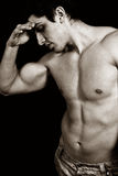 Bodybuilder maschio stancare triste faticoso Immagini Stock Libere da Diritti