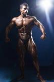 Bodybuildery роста портрета полностью Стоковая Фотография