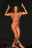 Bodybuilding Gal Sports Ripped Physique, Grübchen u. Trophäe Lizenzfreies Stockbild
