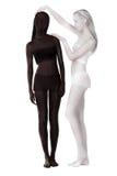 Bodypainting fantasy Duas mulheres pintaram preto e branco imagens de stock royalty free