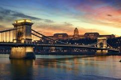 Boedapest bij nacht Royalty-vrije Stock Foto's
