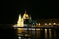 Boedapest bij nacht Stock Foto's