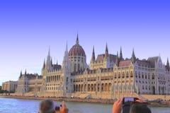 Boedapest, Hongarije - 08/13/2017 de bouw van het Parlement stock foto's